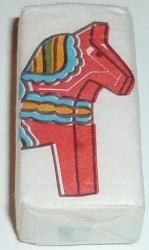 suede-le-cheval-de-dalarma-face-1548